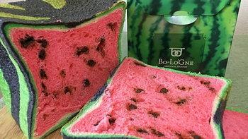 """แดงๆ เขียวๆ! """"ขนมปังแตงโม"""" ไอเดียสุดสร้างสรรค์รสชาติเยี่ยมแห่งร้าน Bo-Lo'Gne"""