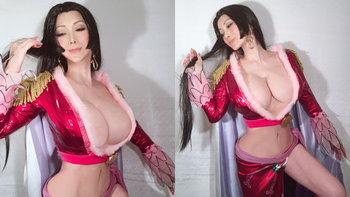51 ยังปัง คอสเพลย์สาวญี่ปุ่น แต่งเป็นตัวละครไหนก็เหมือน เพราะหน้าอกใหญ่อลังการ