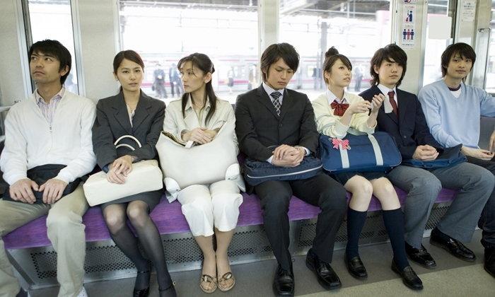 รวมเทคนิควิธีการขึ้นรถไฟแบบคนญี่ปุ่น