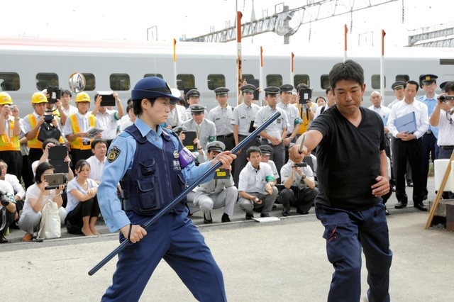 shinkansen-action2