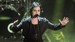 Dolores O'Riordan ເຈົ້າຂອງເພງດັງ Zombie ເສຍຊີວິດແລ້ວໃນໄວ 46 ປີ