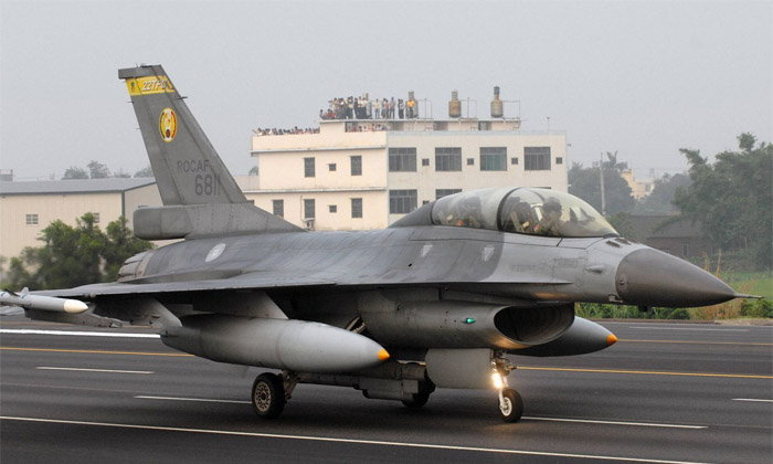 ສະຫະລັດອະນຸມັດແລ້ວ ຂາຍເຮືອບິນຮົບ F-16 ໃຫ້ໄຕ້ຫວັນ 8,000 ລ້ານໂດລາ