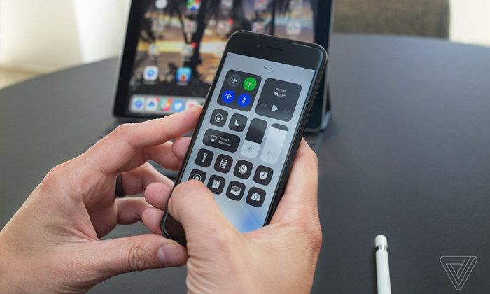 ນີ້ແມ່ນເຫດຜົນທີ່ iPhone iPad ຮຸ່ນເກົ່າຊ້າລົງເມື່ອມີການອັບເດດ iOS ແຕ່ລະຄັ້ງ
