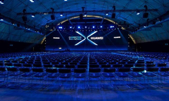 HUAWEI ເປີດໂຕ Huawei Mate X ສະມາດໂຟນ 5G ໜ້າຈໍພັບໄດ້ທີ່ມີຄວາມໄວທີ່ສຸດໃນໂລກ
