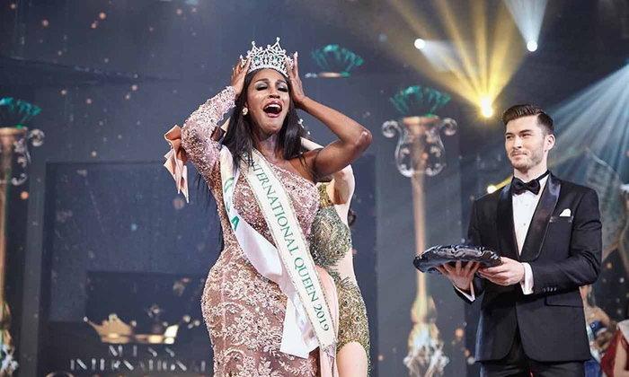 ຕົວແທນຈາກສະຫະລັດອາເມລິກາ ໄດ້ຄອງມຸງກຸດການປະກວດສາວປະເພດສອງ Miss International Queen 2019