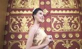 """ສຳນຽງມາເຕັມ! ກອງປະກວດ Miss World Laos ປ່ອຍວິດີໂອແນະນຳໂຕ """"ເມ ເນລະມິດ"""" ກຽມປະກວດຕໍ່ຢູ່ລອນດອນ"""