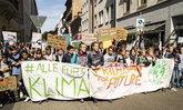 """ຄຳສັບແຫ່ງປີ """"they"""" ແລະ """"climate strike"""" ຖືກຄົ້ນຫາຫຼາຍທີ່ສຸດ"""