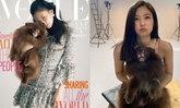 """ວ້າວ ໜ້າຮັກສຸດໆ! """"ເຈນນີ່ BLACKPINK"""" ອຸ້ມ ຄຸມະ ນ້ອງໝາສຸດຮັກ ຮ່ວມຂຶ້ນປົກວາລະສານ Vogue Korea"""