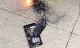 ງານເຂົ້າ ເກີດເຫດ iPhone ລະເບີດສຽງດັງສະໜັ່ນພາຍໃນຮ້ານຕັດຜົມຢູ່ຫວຽດນາມ