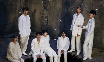 """BTS ກັບມາອີກຄັ້ງ ກັບອະລະບໍ້າໃໝ່ """"MAP OF THE SOUL 7''"""