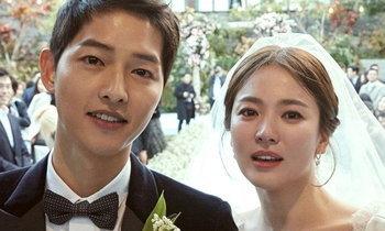 """ຂ່າວລືໜາຫູຢູ່ຈີນ """"Song Hye Kyo"""" ຢ່າຮ້າງກັບ """"Song Jung Ki"""" ຍ້ອນບໍ່ໃສ່ແຫວນແຕ່ງດອງ"""