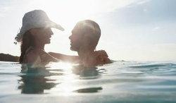 อุทาหรณ์!! เล่นเซ็กส์ในทะเลทำอวัยวะเพศติดกัน