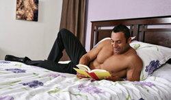 ทำไมผู้ชาย ชอบอ่านเรื่องเซ็กส์