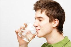 ผู้ชายสุขภาพดี เริ่มต้นที่การดื่มน้ำ