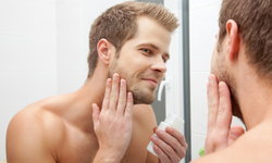 4 ทริคง่ายๆ ดูแลผิวหน้าผู้ชายแบบเร่งด่วน