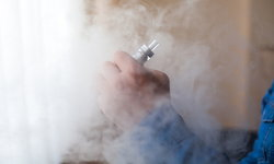 บุหรี่ไฟฟ้าก็อันตรายไม่แพ้บุหรี่มวน