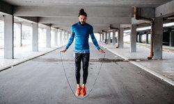 10 ประโยชน์จากการกระโดดเชือก การออกกำลังกายง่ายๆ ที่ใช้เวลาไม่กี่นาที