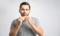 นักโภชนาการแนะวิธีรับมือ การกินจุกจิกจากความเครียด