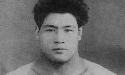 """""""พยายามเป็นสามเท่า"""" แนวคิดที่อยู่เบื้องหลังความแข็งแกร่งของนักยูโด คิมูระ มาซาฮิโกะ"""