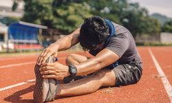 10 ท่าวอร์มอัพง่าย ๆ ก่อนวิ่งป้องกันอาการบาดเจ็บ