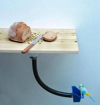 อุปกรณ์เก็บเศษขนมปังให้อาหารนก