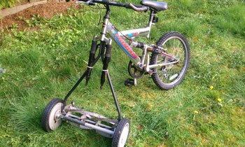 เอาจักรยานมาทำเป็นจักรยานตัดหญ้า