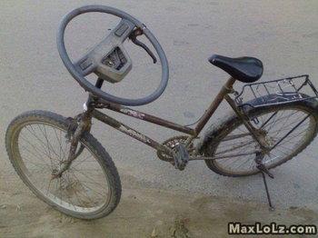 แฮนด์จักรยานเสีย ก็อัพเกรดเป็นพวงมาลัยรถยนต์ซะ