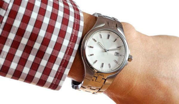 เลือกนาฬิกาข้อมือผู้ชายอย่างไร ให้ดูแมน