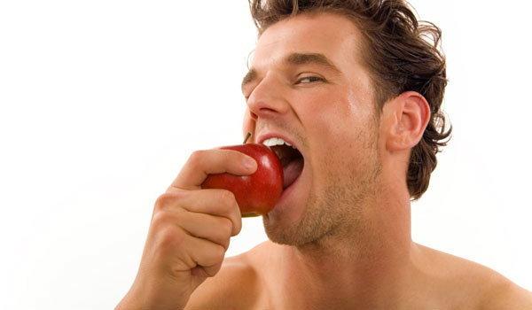 9 พฤติกรรม...ส่งผลร้ายต่อฟันที่คุณรัก
