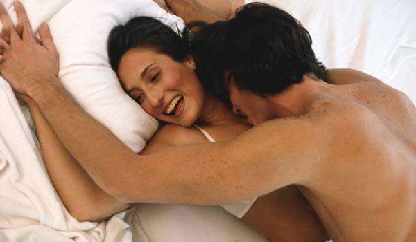 ท่าร่วมรักแบบไหนที่ทำให้ผู้หญิงตั้งครรภ์ได้ดีที่สุด