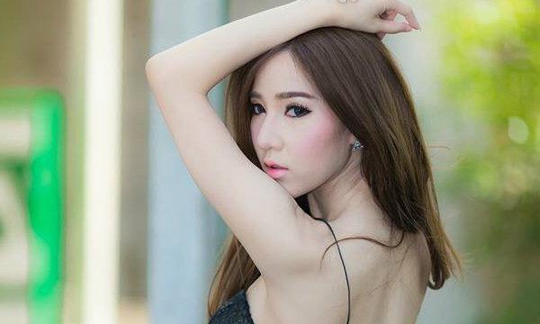 ขาว หมวย สวย เซ็กซี่ ถิงถิง พริตตี้ดีกรี TOP 3 ของไทย