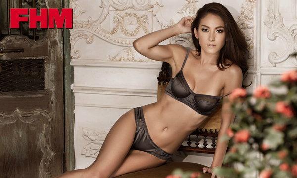 เด็ดอีกแล้ว โอซา แวง โชว์ความเซ็กซี่ บนปกนิตยสาร FHM