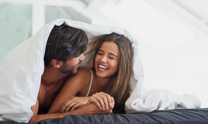 """นอนมาแล้วกี่คน? """"ผ้าปูเตียงฝังชิป"""" เผยให้ทราบว่าซักรีดครั้งสุดท้ายเมื่อไร"""