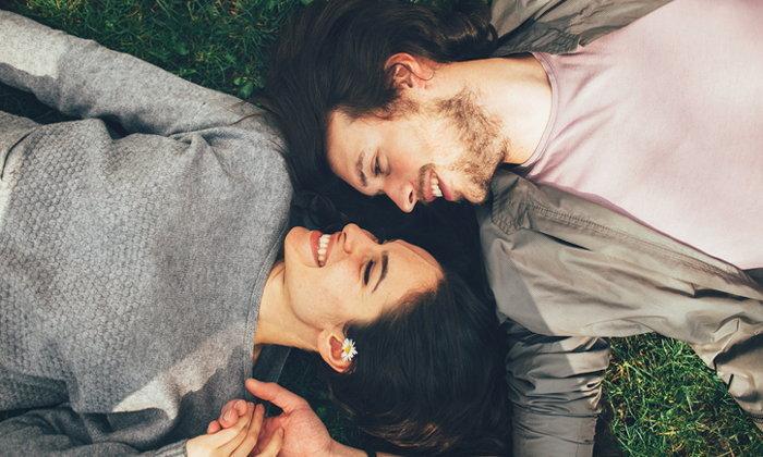 """เมื่อคำว่า """"รัก"""" หมายถึงการให้เกียรติกัน"""