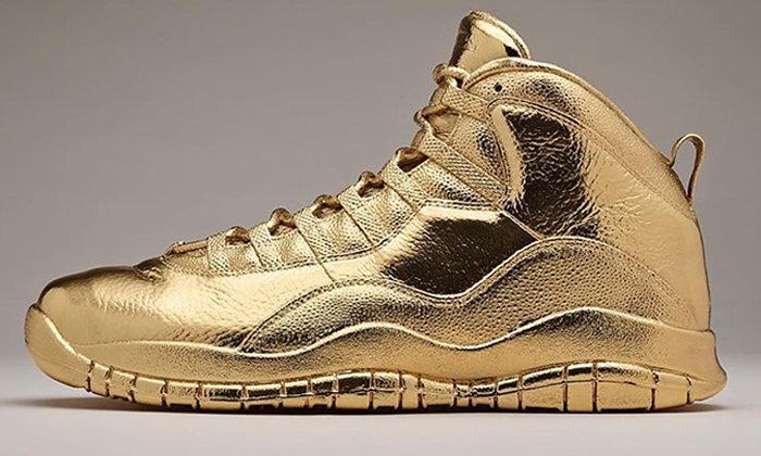 รองเท้า 9 รุ่นที่แพงที่สุดเท่าที่ Nike เคยขาย