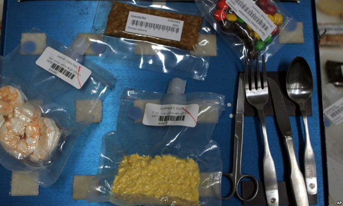นาซ่าพัฒนา 'อาหารแท่งน้ำหนักเบา' สำหรับนักบินอวกาศในโครงการสำรวจดาวอังคาร