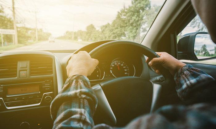 เมื่อยล้าจากการขับรถนานๆ เดินเล่นแค่ 10 นาที ช่วยได้!