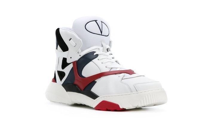 Valentino ผลิตรองเท้าบาส เอาใจสาย Street กระเป๋าหนัก