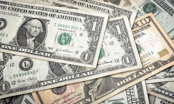 """ผู้ชายอเมริกันมัก """"ปั่น"""" ตัวเลขรายได้ในแบบสอบถาม หากได้เงินเดือนน้อยกว่าภรรยา"""