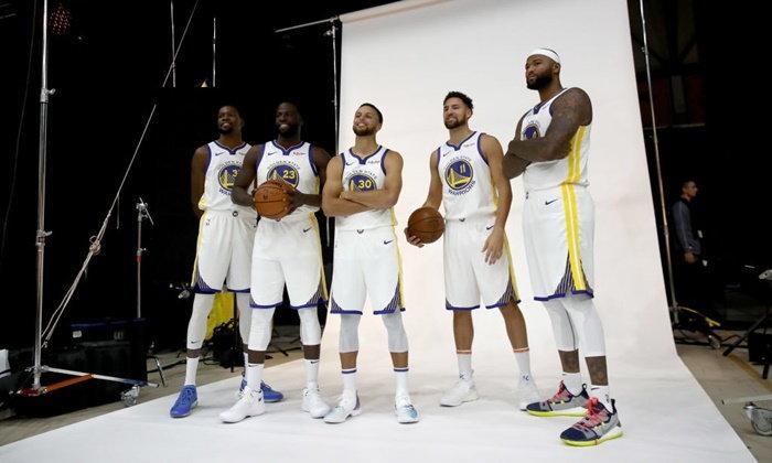 ซูเปอร์สตาร์นักบาสเกตบอล NBA ใส่รองเท้ารุ่นใดกันบ้าง ในอีเวนต์ Media Day