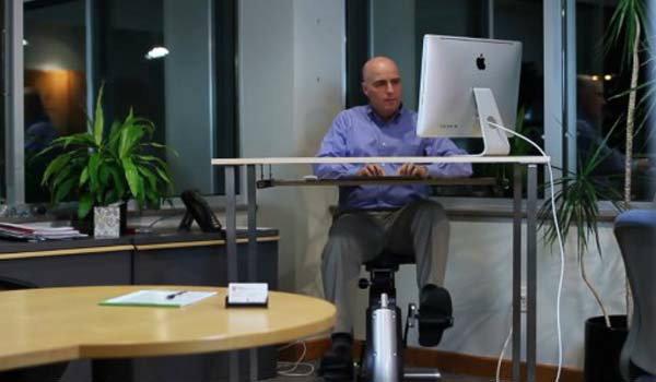 Active Desk โต๊ะทำงานเพื่อสุขภาพ