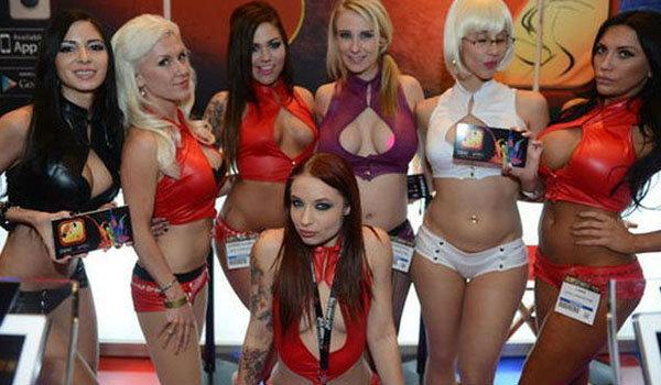 พาชม งาน AVN Adult Entertainment Expo 2014 งานหนังเรทจากอเมริกา