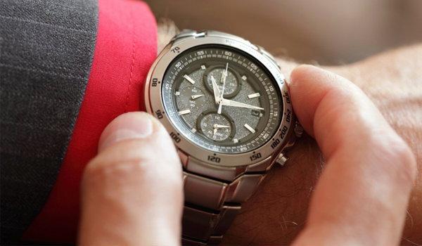 วิธีเลือกนาฬิกาให้ดูเท่ห์