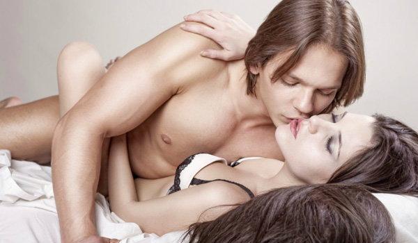 เมื่อชายหญิงร่วมรักกัน