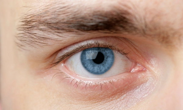 น่าสนใจไหม นวัตกรรมเปลี่ยนดวงตาให้เป็นสีฟ้า