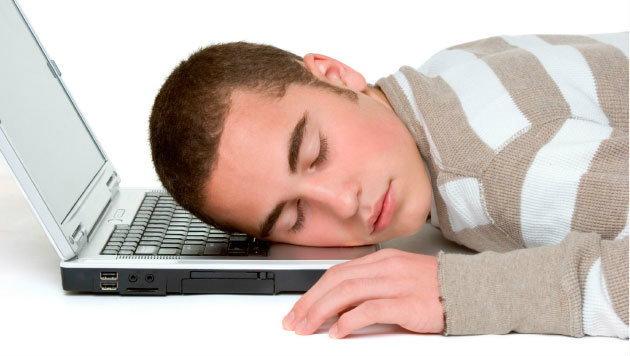 7 วิธีสลัดความง่วงหลังมื้อกลางวัน