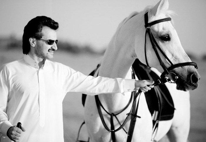 พระราชวังลอยฟ้าที่แพงที่สุดในโลกของเจ้าชาย Al-Waleed