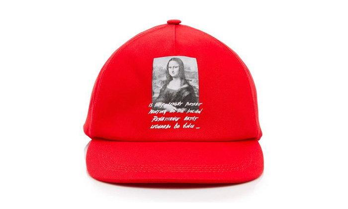 Off-White ปล่อยของ หมวกภาพวาด Mona Lisa สีแดงสุดจัดจ้าน