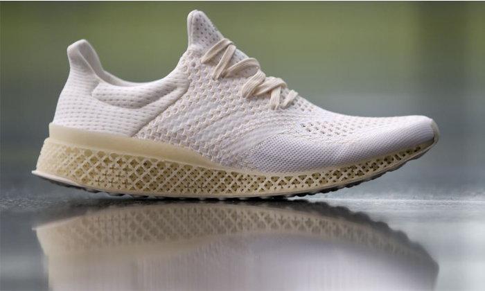 Adidas เปิดตัวโครงการรีไซเคิลรองเท้าจากพลาสติกเหลือใช้ 100%