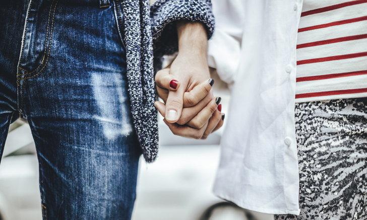 9 วิธีง้อสาวแบบง่ายๆ ที่ผู้ชายควรรู้